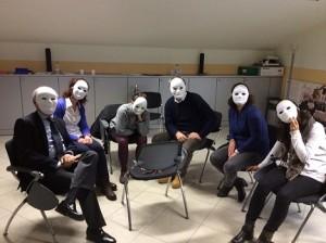 mettiamo una maschera